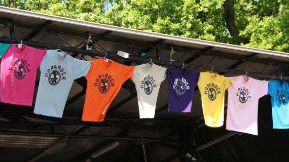 Alle SFO'er og SFK'er får deres egen farve t-shirt.