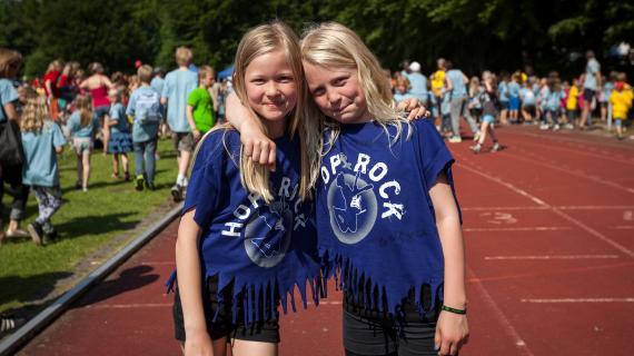 Piger på Hop&Rock-festivalen.