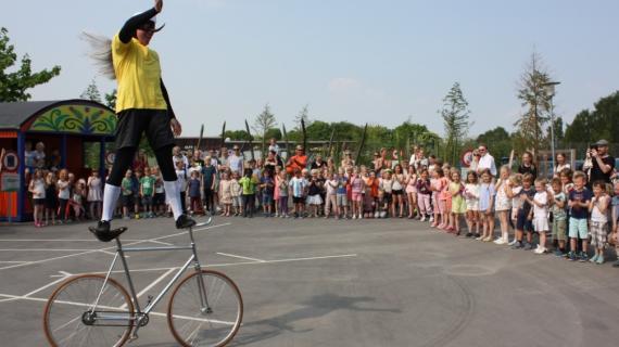 Cykelmyggen optræder 2