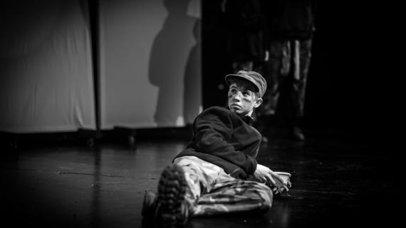 Dreng på scenen Teatermejeriet