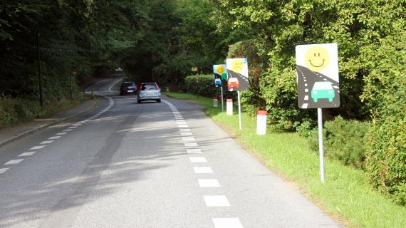 Høsterkøbvej som 2 minus 1-vej