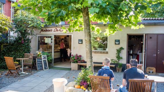 Birkerød Hovedgade - Madsens is café