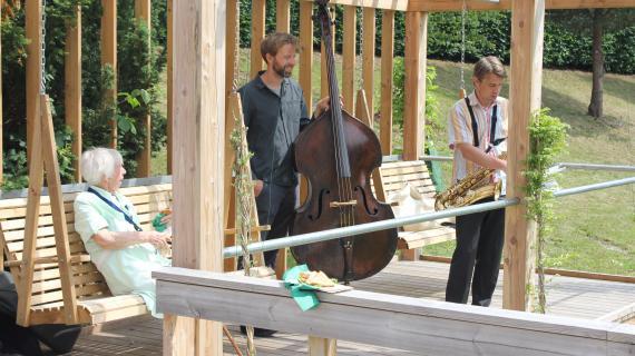 Frydenholm Park indvielse levende musik