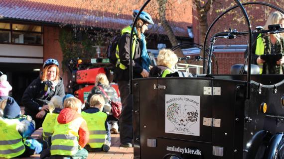 Børn og ladcykel