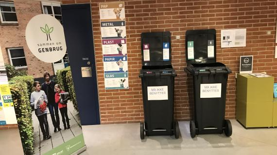 Nye affaldsbeholdere på Birkerød Bibliotek