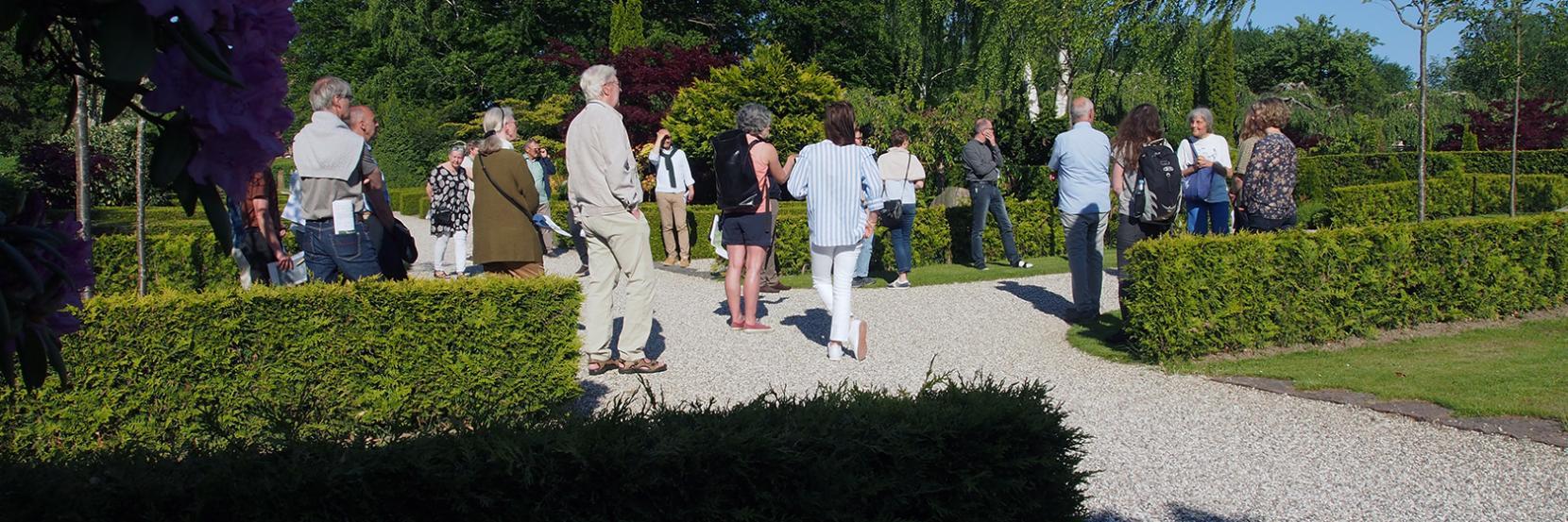 Tidligere i år var der tur på Søllerød Kirkegård