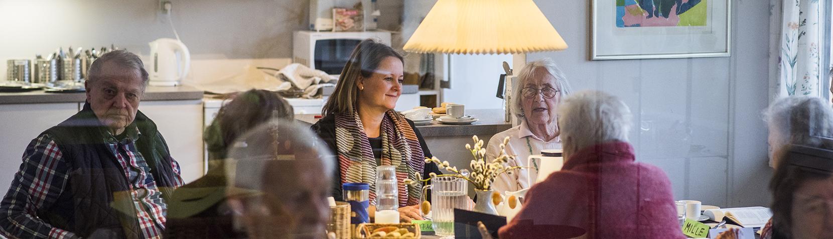Senior borgere til fællesspisning
