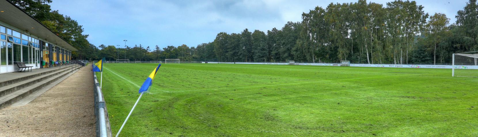 Foto: Vedbæk Stadion udendørs