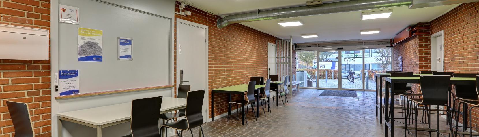 Foto: Søndervangshallen - foyer