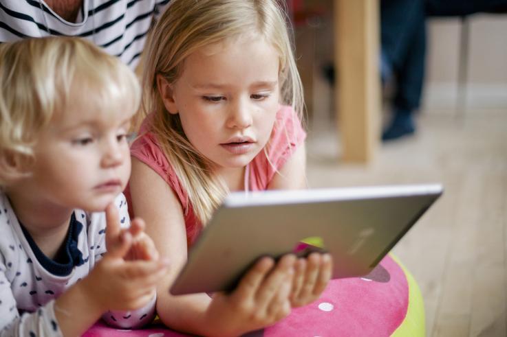Børn med iPad.