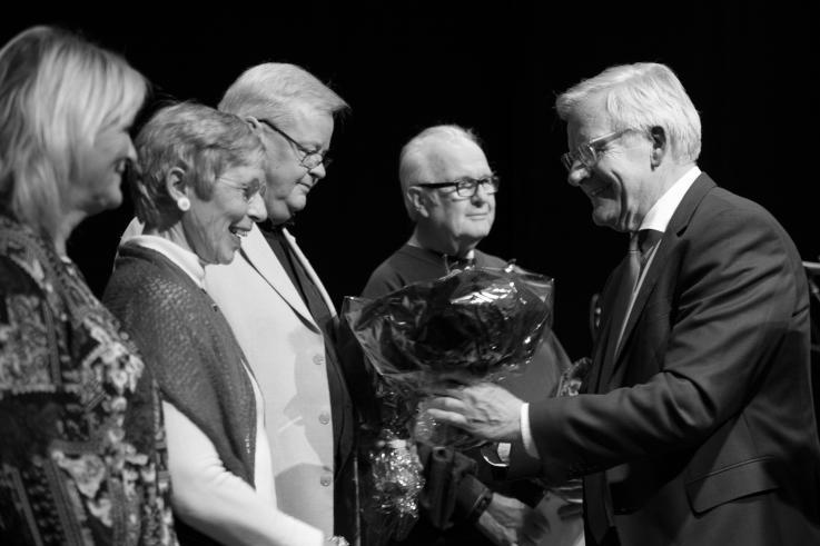 Modtagerne af Frivilligprisen 2016 styregruppen i Juleaftengruppen, Werner Wittekind, Finn Iversen, Helle Darum og Margit Albertus