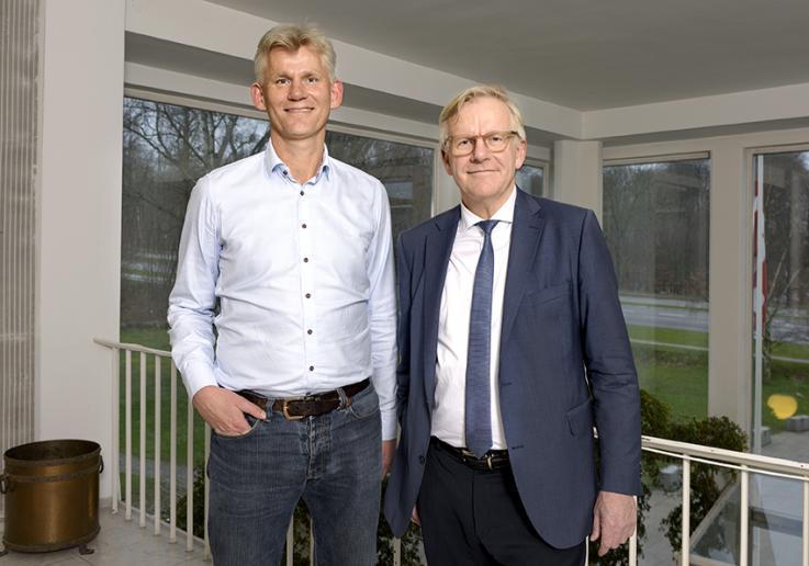 Modtager af Idrætslederprisen Frank Høgh Petersen, Skjold Birkerød Fodbold med borgermester Jens Ive