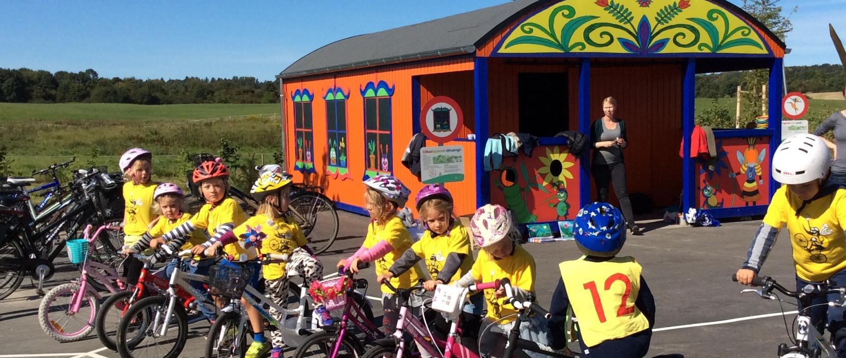 Cykelmyggens legeplads børn